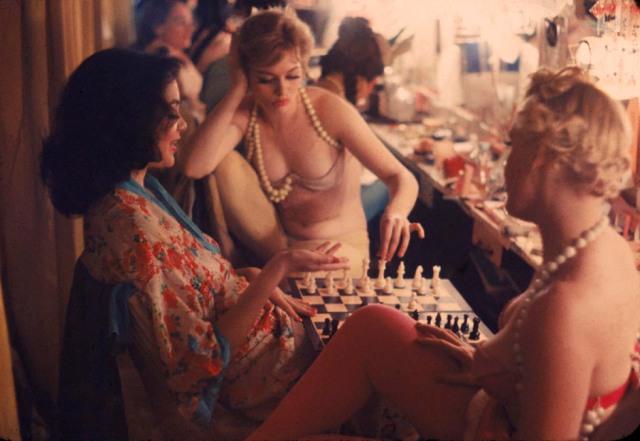Jasmine Kyle, I Am Jasmine Kyle, Jasmine, Singer Songwriter, Musician, Pianist, Independent Musician, Tori Amos, Julie Andrews, Enya